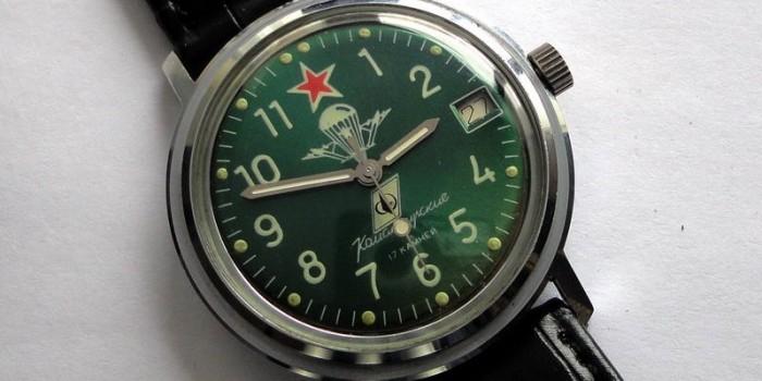 """Росгвардия закупит офицерские часы с гравировкой: """"Душу - Богу, жизнь - Отечеству, честь - никому"""""""