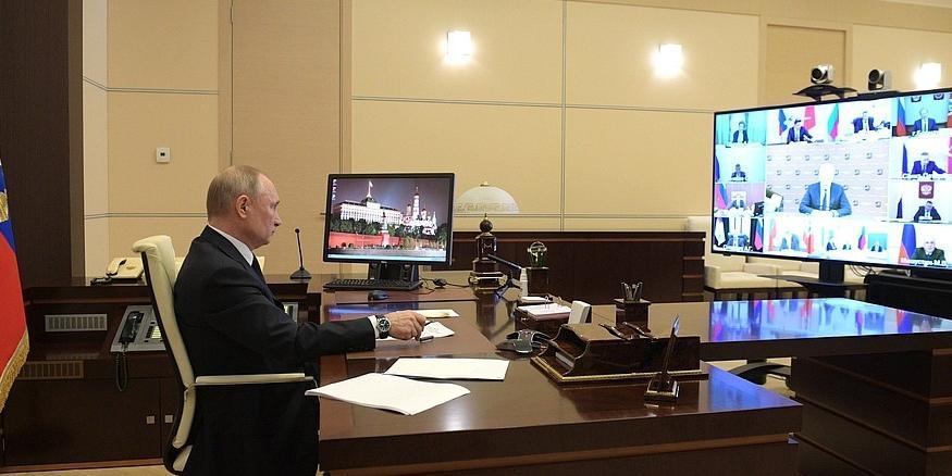 Путин установил дополнительные выплаты медикам за повышенную нагрузку