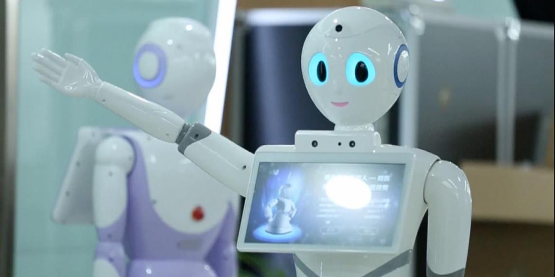 В правительстве пообещали обеспечить права роботов