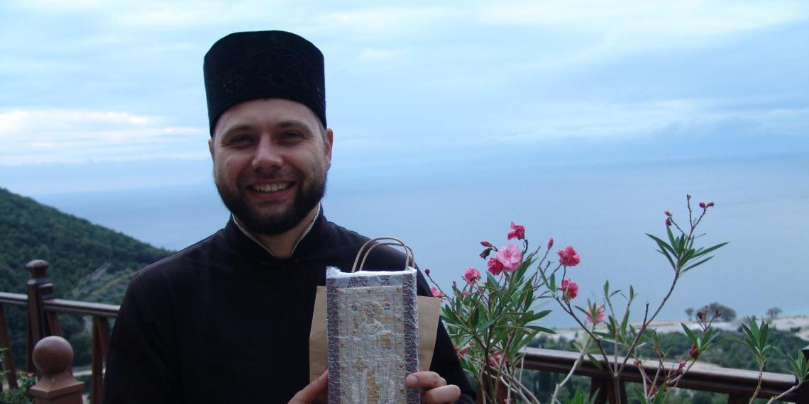Водитель автобуса выгнал украинского священника из-за жалоб на российскую попсу