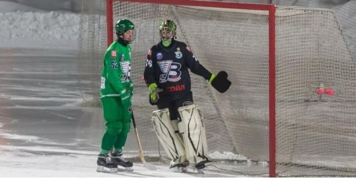 Российские хоккеисты в одном матче забили 20 голов в свои ворота