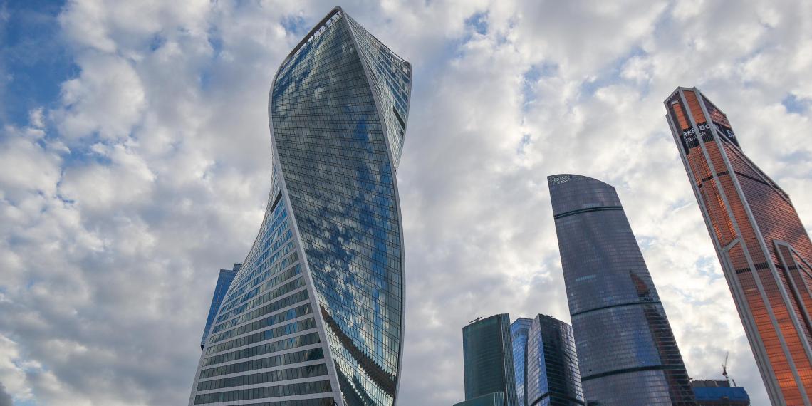 Эксперты назвали сроки восстановления экономики России
