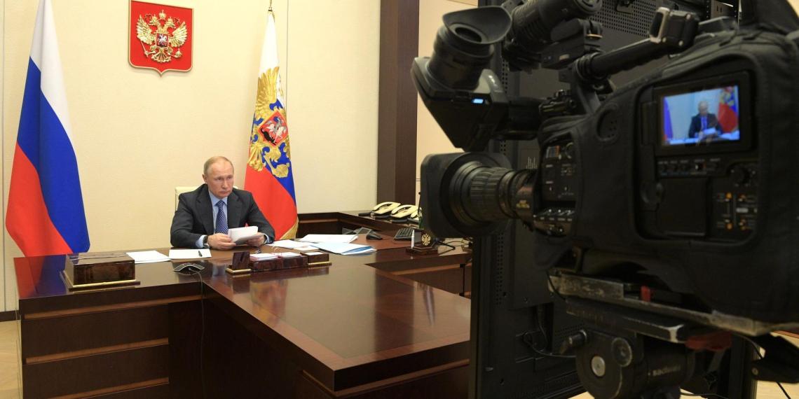 Путин отметил востребованность донорства в условиях распространения Covid-19