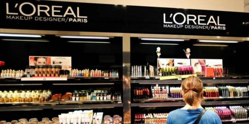 """L'Oreal отказывается от терминов """"белый"""", """"светлый"""" и """"осветляющий"""""""