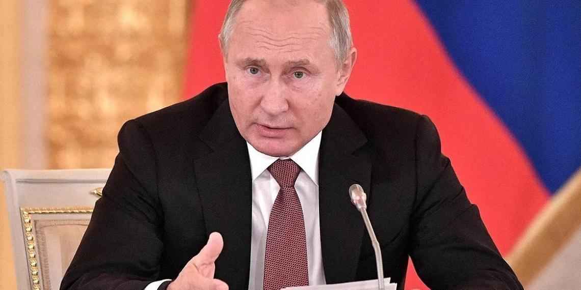 """""""Русские и украинцы — один народ. Вместе мы сильнее и успешнее"""" — Путин"""