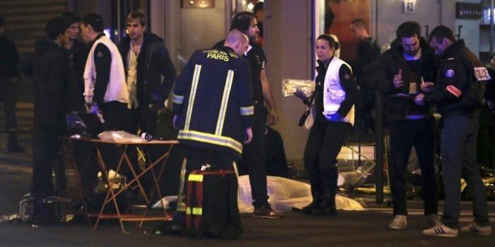 Теракты в Париже: взрывы у стадиона, стрельба в ресторане, захват заложников