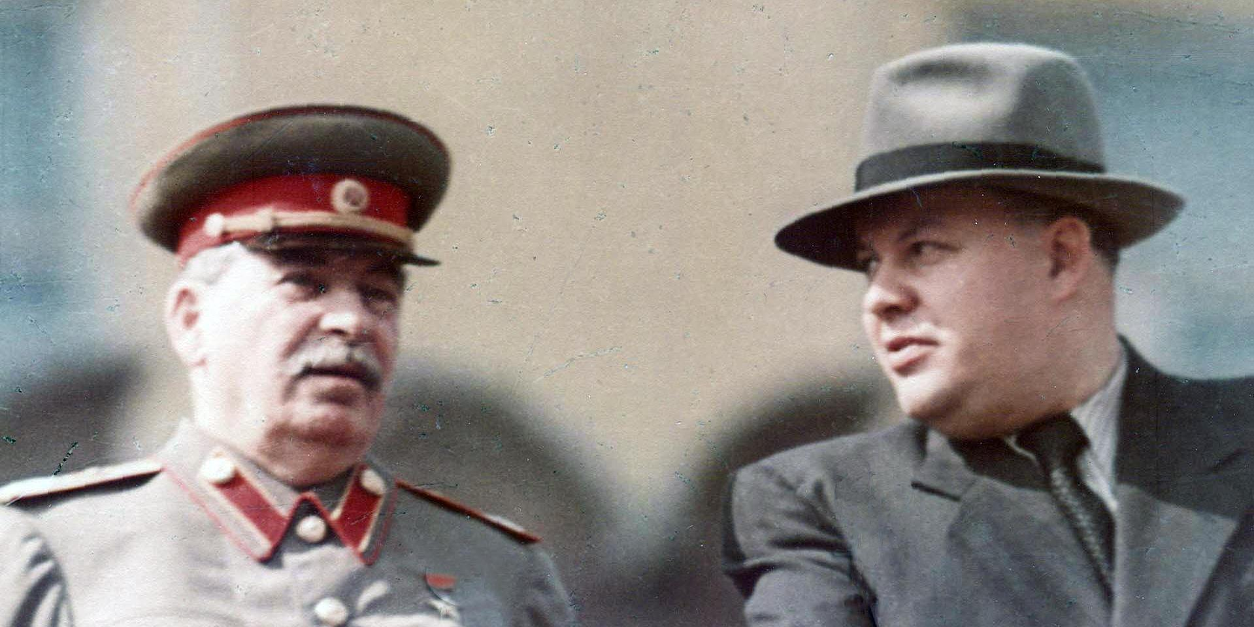 """Минкульт после заминки выдал фильму """"Прощание со Сталиным"""" прокатное удостоверение"""