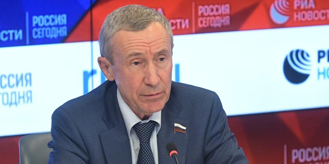 Открылось заседание комиссии СФ по защите суверенитета