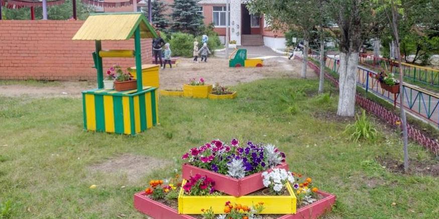 В Казани жители многоэтажки благоустроили двор и получили штраф в 200 тысяч
