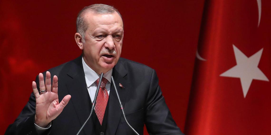 """Эрдоган пригрозил в одностороннем порядке """"очистить"""" Идлиб от сирийской армии"""