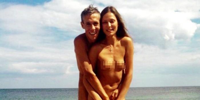 Актеру Панину разрешили забрать у жены дочь, с которой он ходил на нудистский пляж