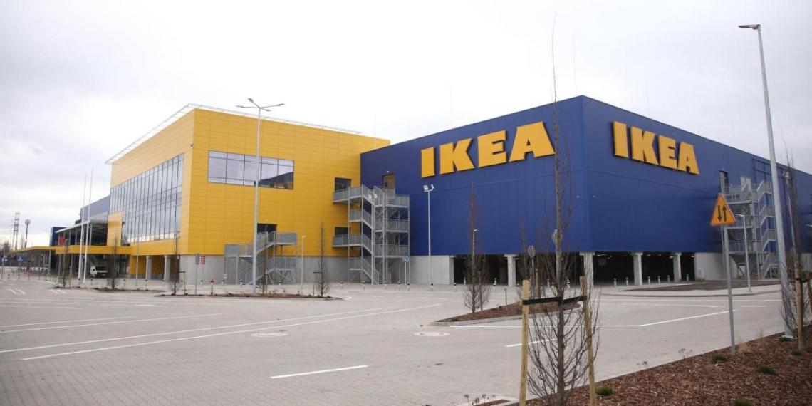 IKEA оштрафовали во Франции на 1,1 млн за слежку за покупателями