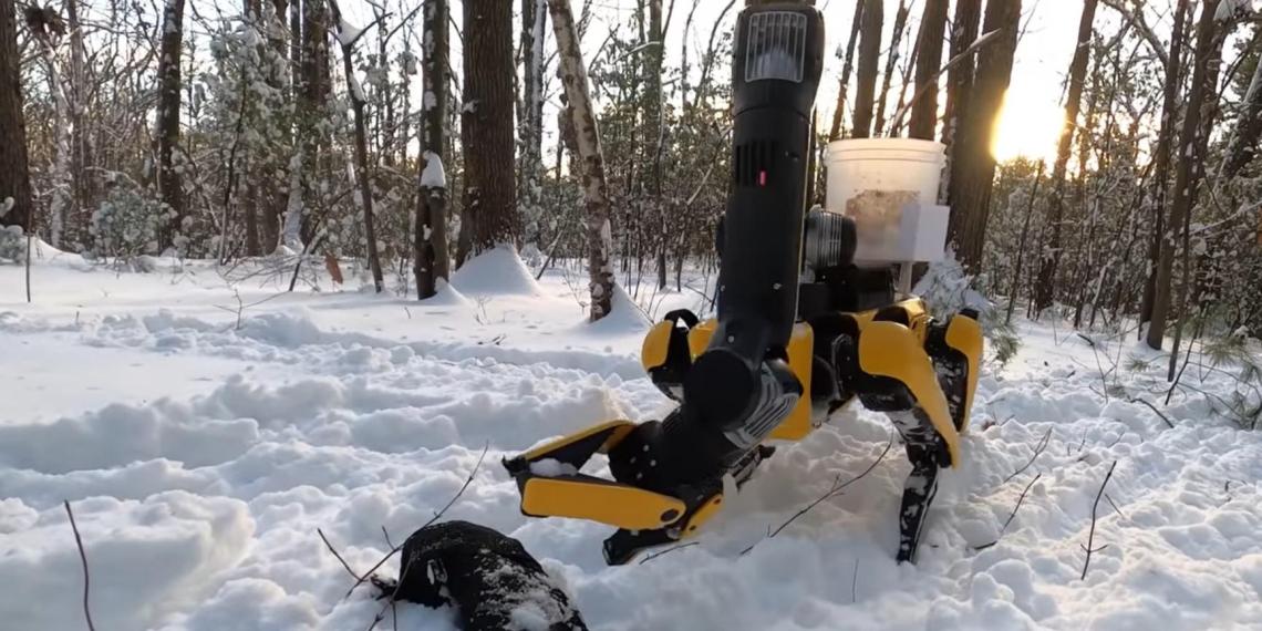 Boston Dynamics научила роботов убираться и рисовать