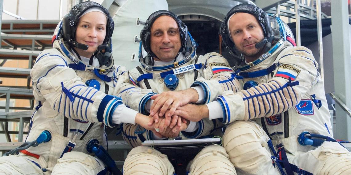 Актрисе Пересильд и режиссеру Шипенко разрешили лететь на МКС