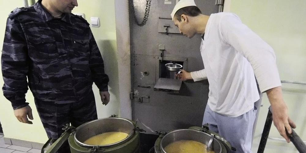 Конец голодовки Навального встретили насмешками в Сети