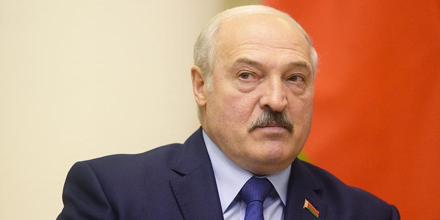 Лукашенко похвастался системой здравоохранения, позволившей не вводить карантин, как в Москве