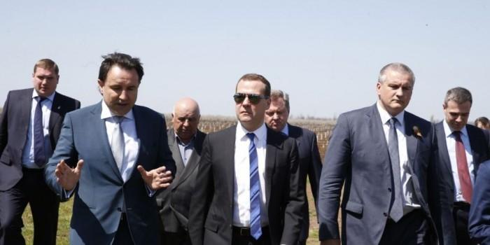 Медведев прокомментировал протест Украины из-за его поездки в Крым