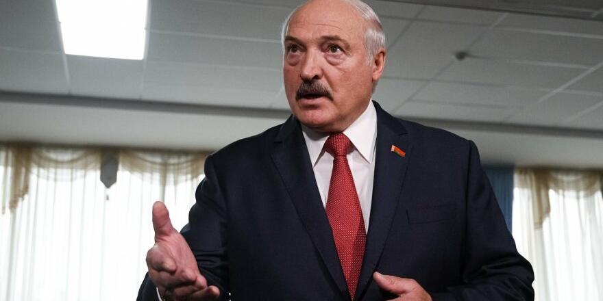 """Лукашенко обвинил Россию в """"понуждении"""" к интеграции и вспомнил добрым словом Ельцина"""