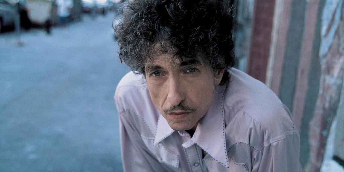 Нобелевского лауреата Боба Дилана обвинили в растлении 12-летней девочки в 1965 году