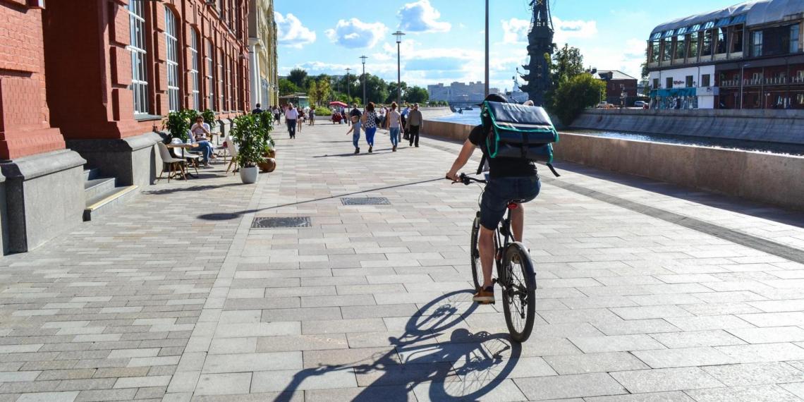 Курьеров-велосипедистов могут обязать сдавать экзамены на знание ПДД
