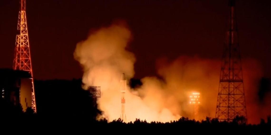 Россия запустила на орбиту еще три десятка спутников OneWeb