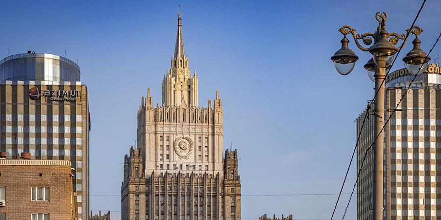 В МИД РФ оценили возможность новых санкций ЕС против России из-за инцидента с самолетом Ryanair