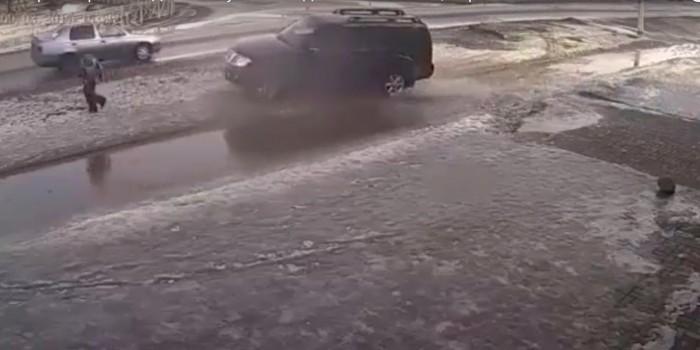 В Приозерске водитель намеренно сбил ребенка, стрелявшего из игрушечного автомата
