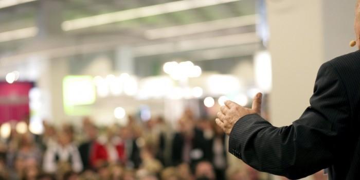 В Госдуму внесен законопроект об обязательности дебатов на выборах губернаторов