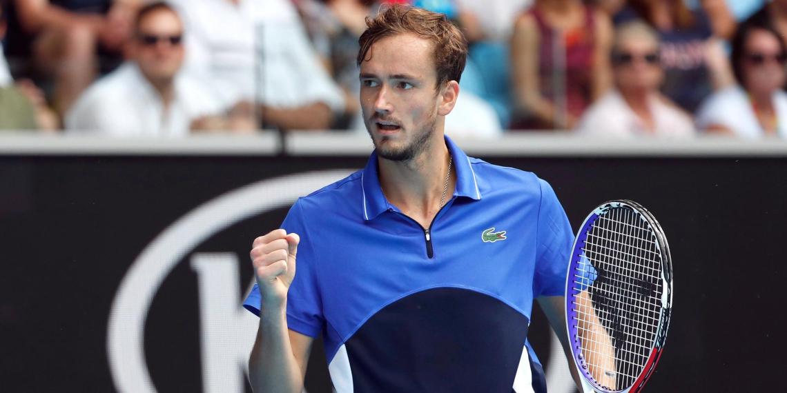 Россиянин впервые с 2005 года вышел в финал Australian Open