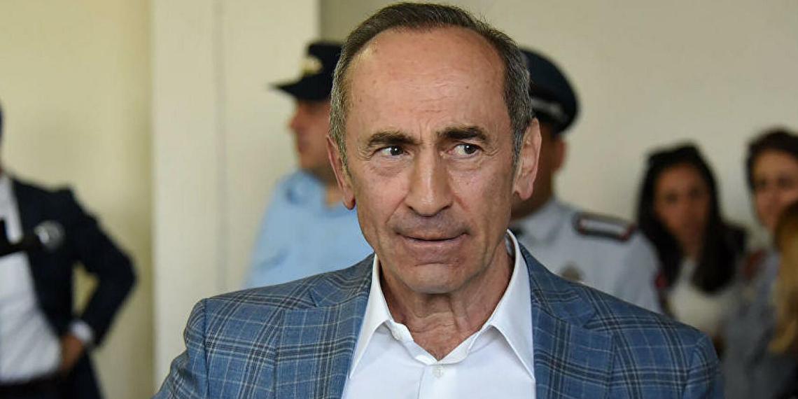 Экс-президент Армении Кочарян призвал народ поддержать армию в конфликте с Пашиняном