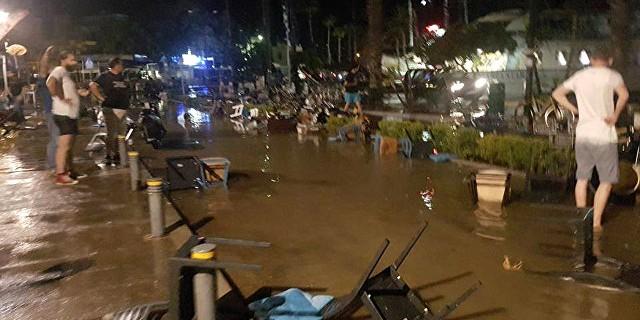 В результате землетрясения у берегов Греции и Турции погибли два человека