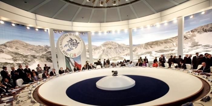 """России могут предложить возвращение в """"Большую восьмерку"""" в обмен на сдачу Асада"""