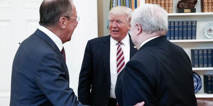 Трамп отреагировал на слухи о передаче секретной информации во время встречи с Лавровым