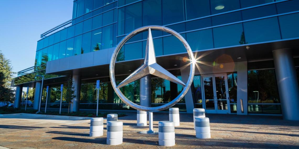 Mercedes и Porsche посоревнуются с Tesla в производстве премиальных электромобилей