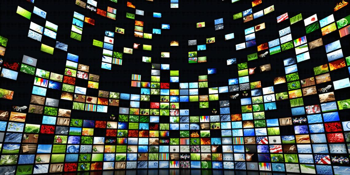 Онлайн-кинотеатры открыли для россиян бесплатный доступ к фильмам и сериалам