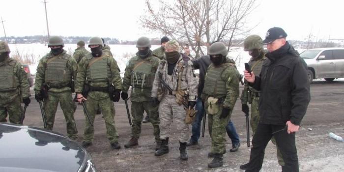 На Донбассе начался штурм позиций торговой блокады, есть пострадавшие