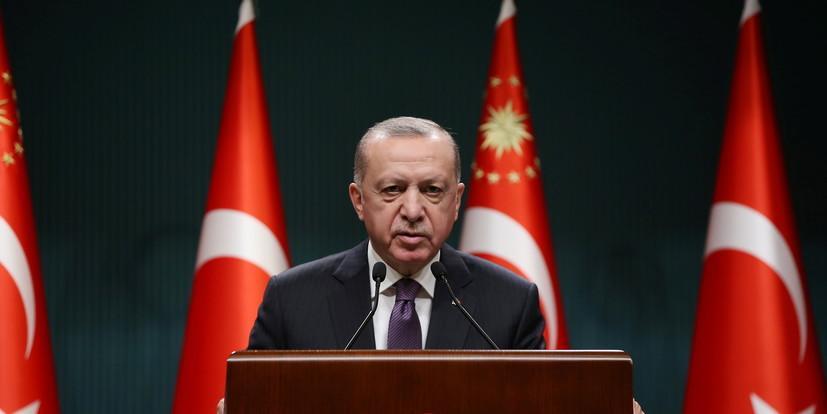 """Эрдоган назвал закон об исламском сепаратизме """"гильотиной"""" для французской демократии"""