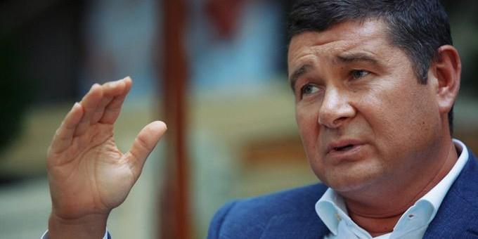 Депутат Рады рассказал в журнале Time о коррупции Порошенко