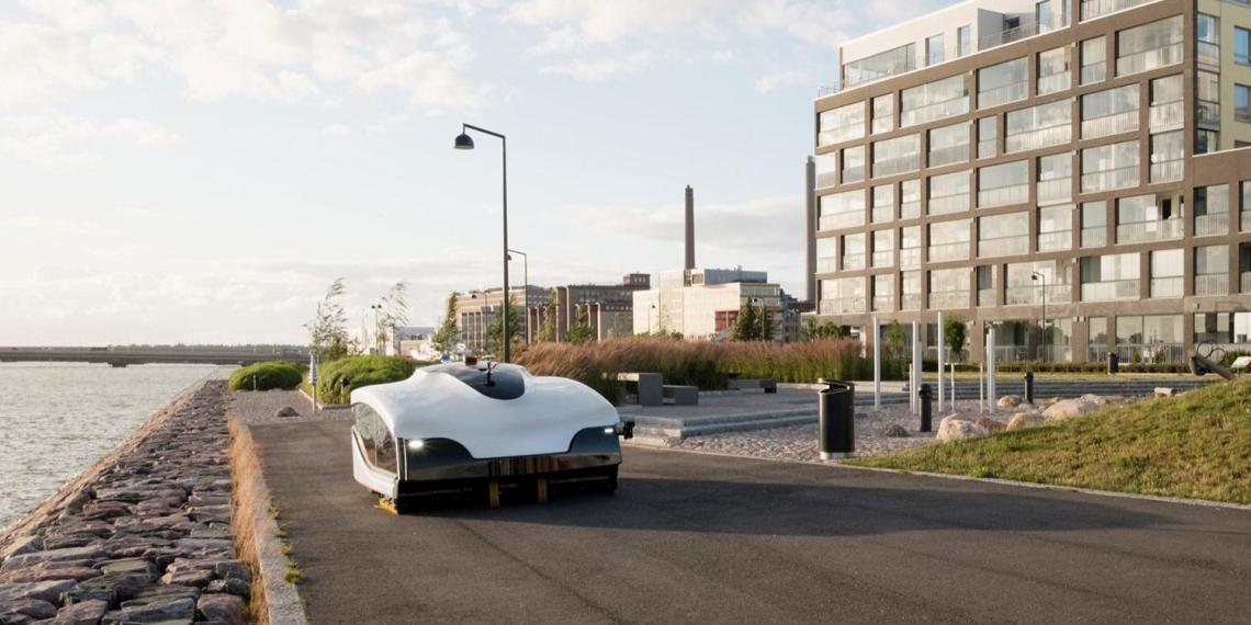 Улицы Хельсинки начали чистить огромные роботы-пылесосы