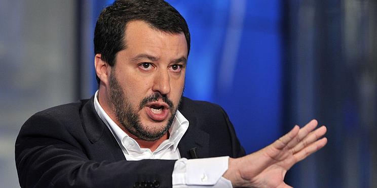 Новое итальянское правительство потребовало от Франции не вмешиваться в его дела