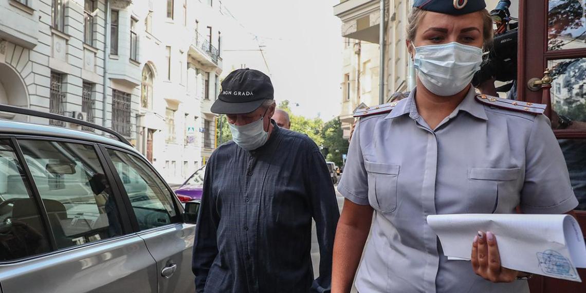Ефремов признал вину. Прокурор просит 11 лет колонии