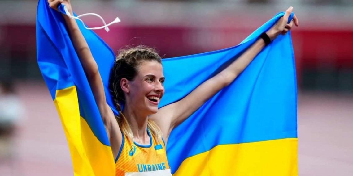 Украинская спортсменка Магучих оправдалась за второе фото с Ласицкене