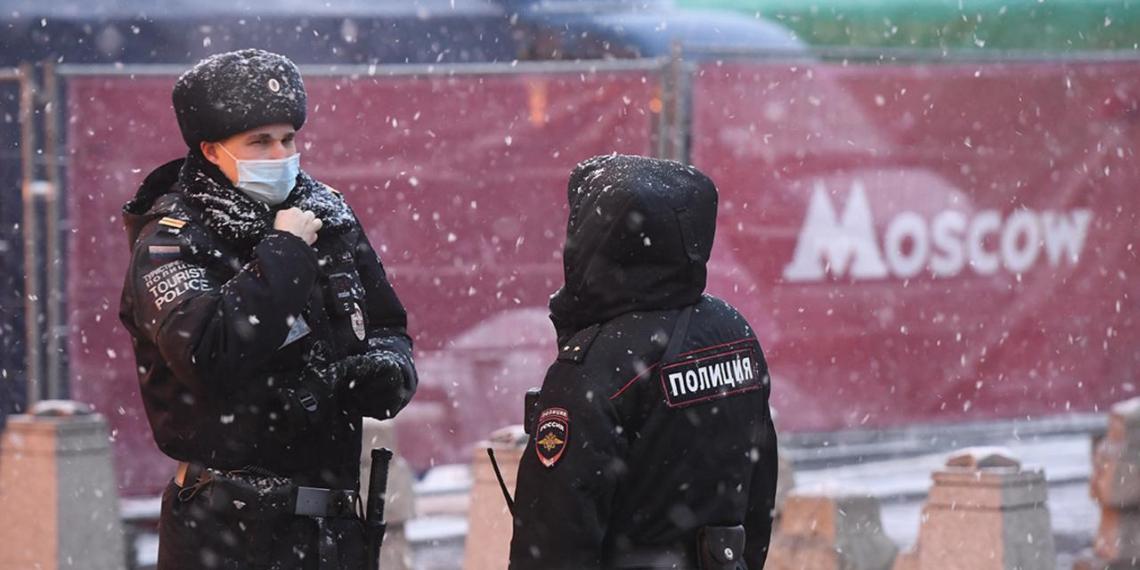 В Москве продлили ограничения для пожилых и удаленщиков до 15 января