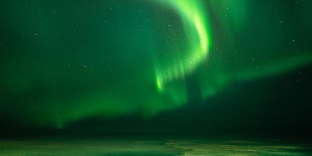 Появились кадры удивительного сияния на севере России