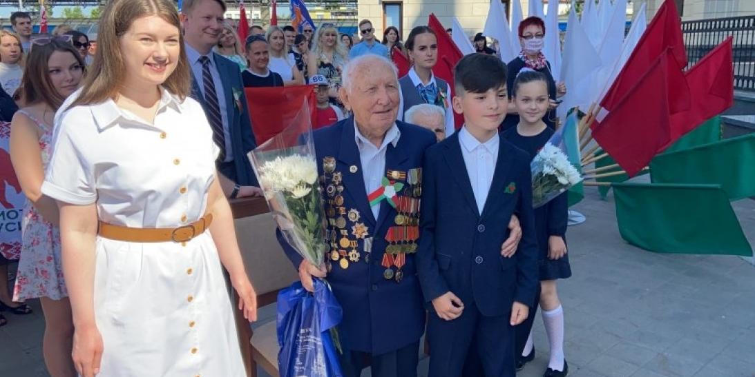 """""""Волонтеры Победы"""" исполняют мечту 100-летнего ветерана"""