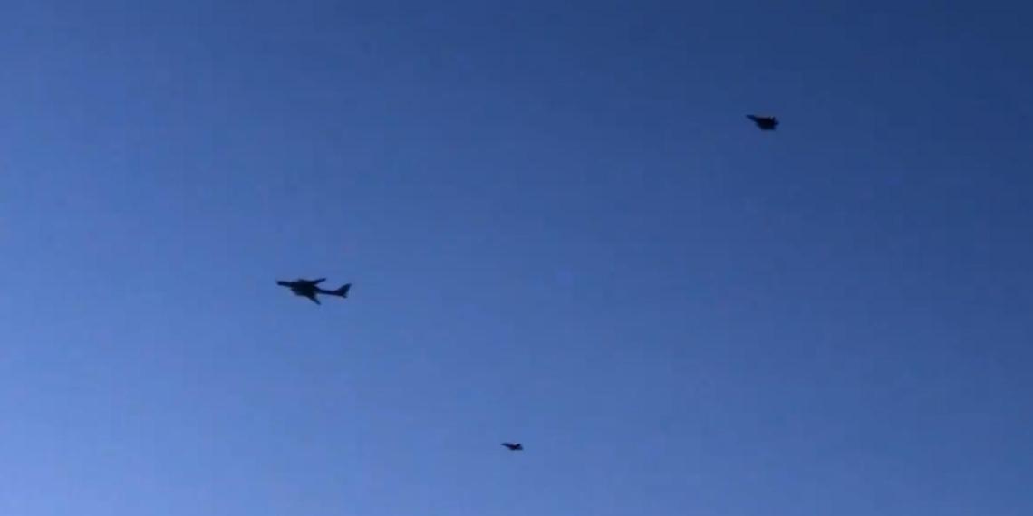 Американские военные показали видео перехвата российских Ту-142 у берегов Аляски