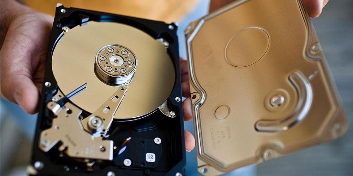 В России более чем в два раза подскочили цены на жесткие диски