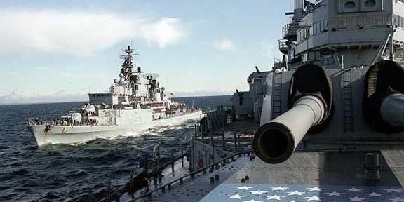 """Корабли НАТО вошли в Черное море под предлогом """"содействия миру и стабильности в регионе"""""""