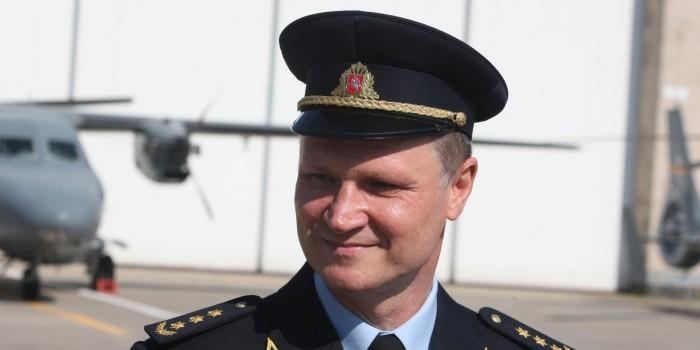 Главу литовских ВВС уволили за ремонт вертолетов в России