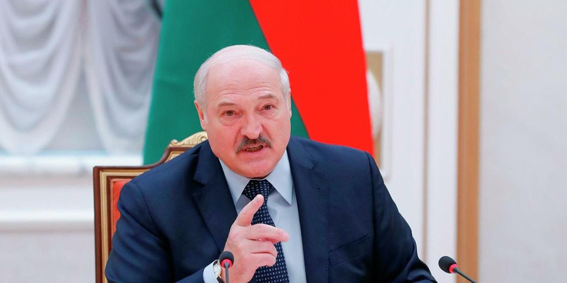Лукашенко заявил, что власти Украины несут угрозу для Белоруссии